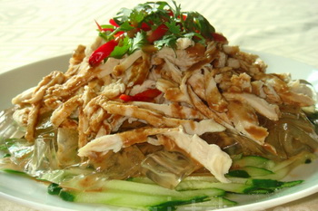 Салат из грудки и огурцов