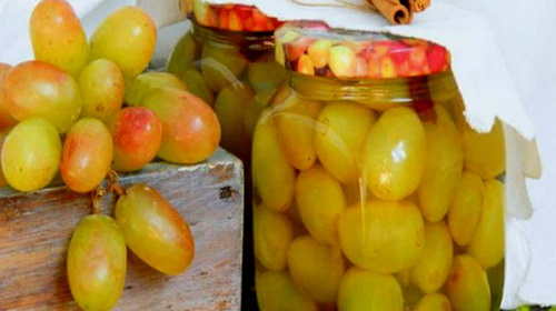 grozdi-vinograda-na-zimu