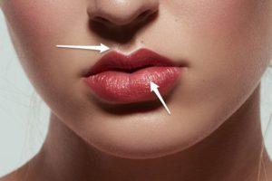Как красить губы карандашом и помадой