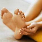 Как быстро убрать огрубевшую кожу на пятках