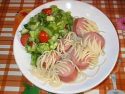сосиски и спагетти
