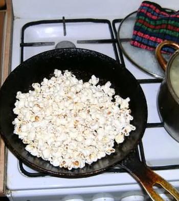 Попкорн на сковороде