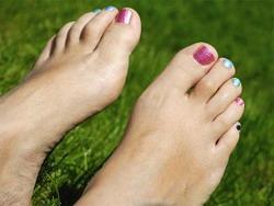 Болят и отекают ноги: какие причины
