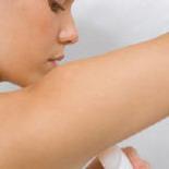 Чем дезодорант отличается от дезодоранта - антиперспиранта