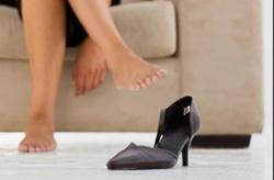 Как разносить обувь, чтобы не натирала