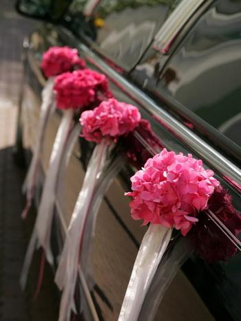 Как сделать украшение на свадебную машину своими руками (фото) 42