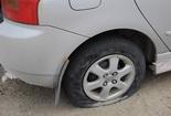 Лопнула шина у авто