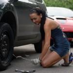 Лопнула шина авто